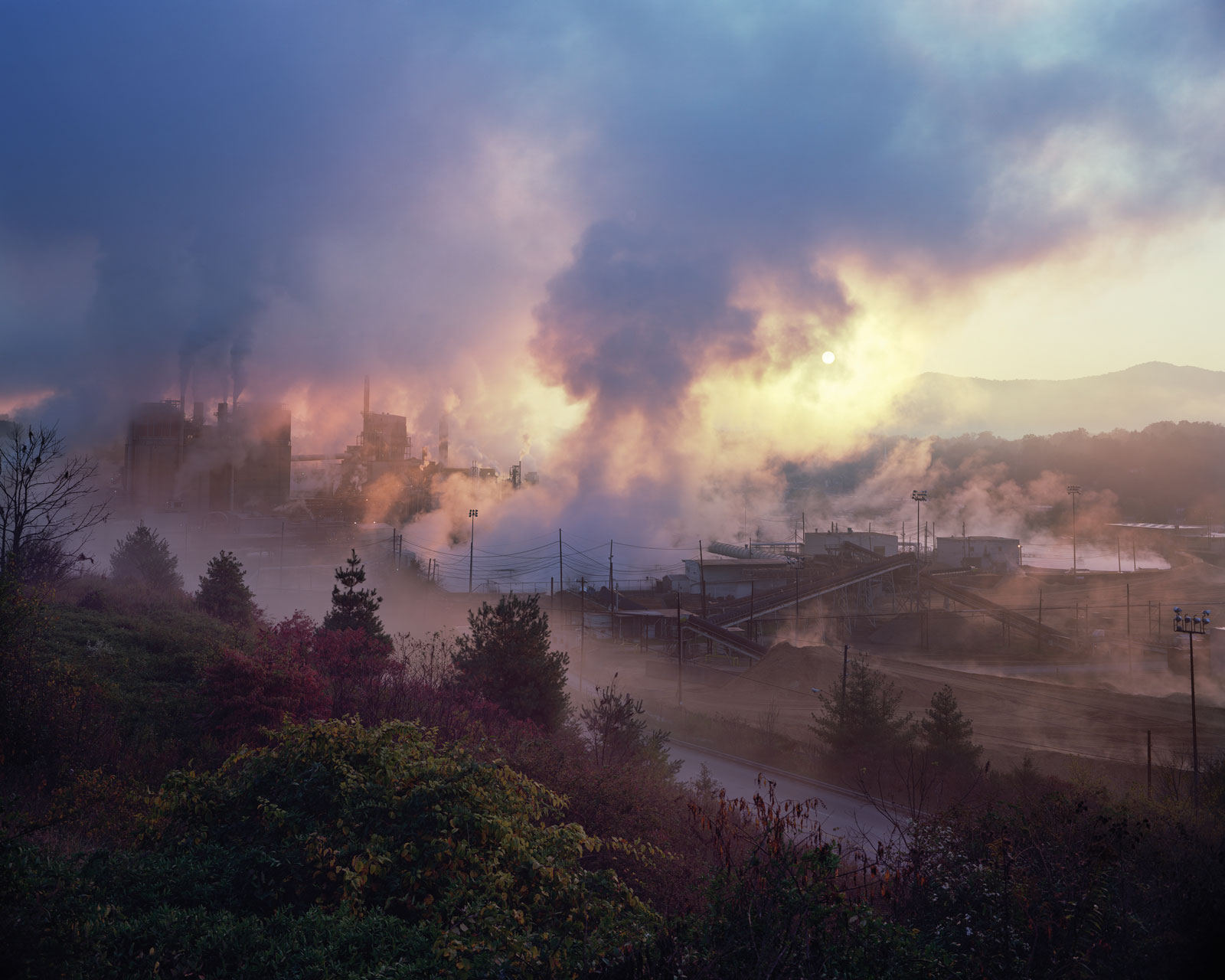 <i>Blue Ridge Paper Mill, Pigeon River, Canton, North Carolina</i> (2008) by Jeff Rich